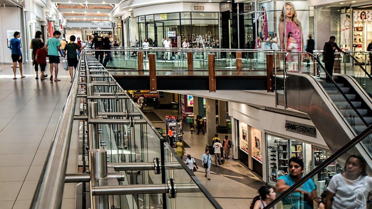 Reflexión de media noche: El consumismo en la Era de Ultron