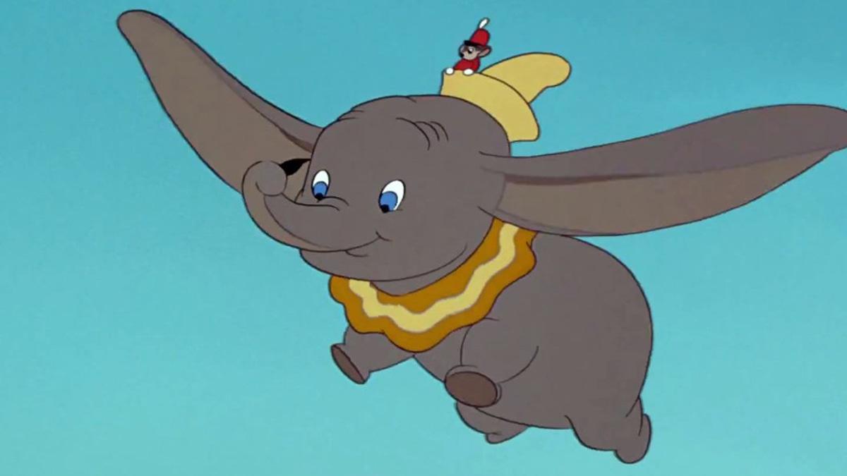 Revelan imagen de Dumbo para su nueva versión en live-action