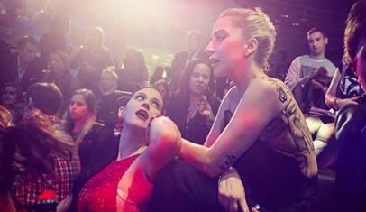 Katy Perry desea realizar un dueto con Lady Gaga